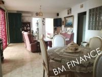 viager libre 30 saint gilles bouquet 137000 photo 2